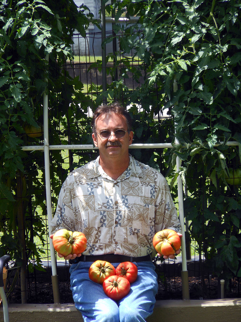 07-10-2015 Me and 5 HUGE Tomatoes 01